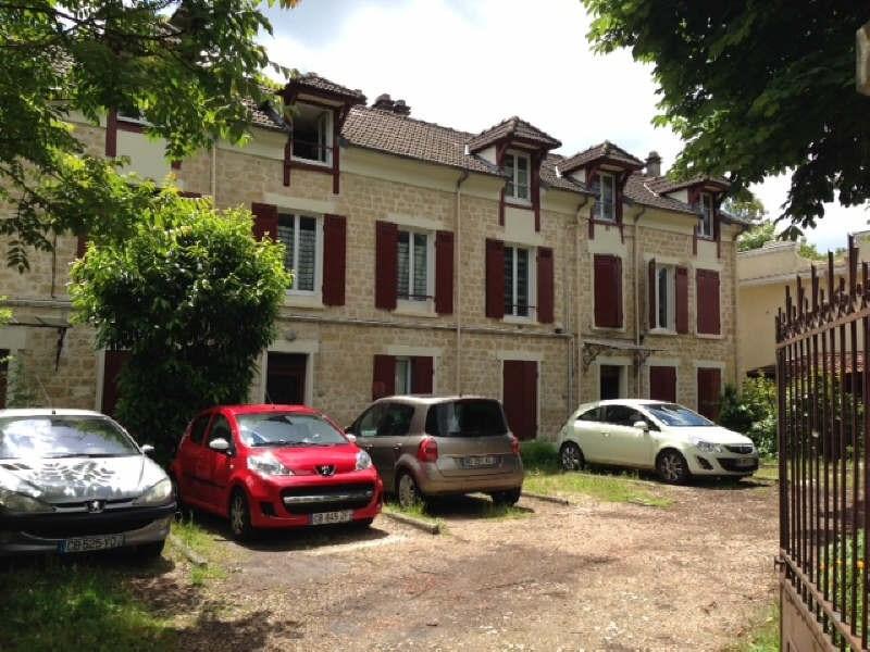Rental apartment St germain en laye 713€ CC - Picture 1