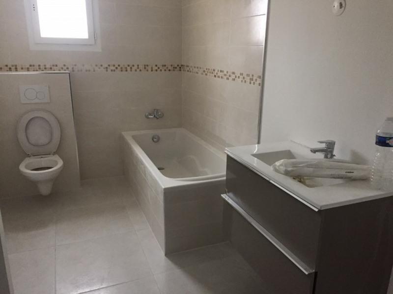 Sale house / villa Salon de provence 300000€ - Picture 4