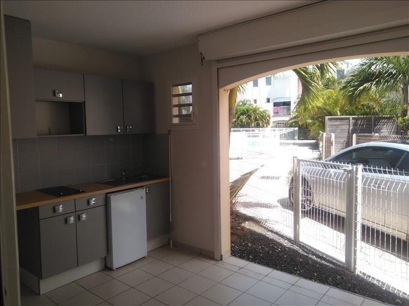 Location appartement St francois 600€ CC - Photo 1