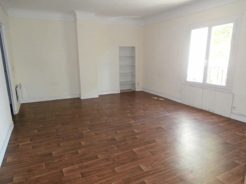 Verhuren  appartement Entressen 780€ CC - Foto 1