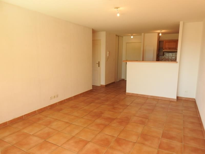Vente appartement Bormes 220 000€ - Photo 2