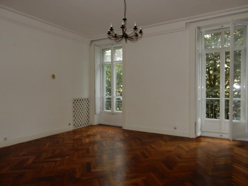 Location appartement Grenoble 1 700€ CC - Photo 3