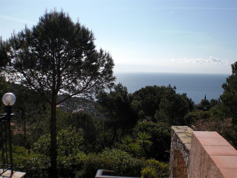 Location vacances maison / villa Les issambres 1710€ - Photo 4