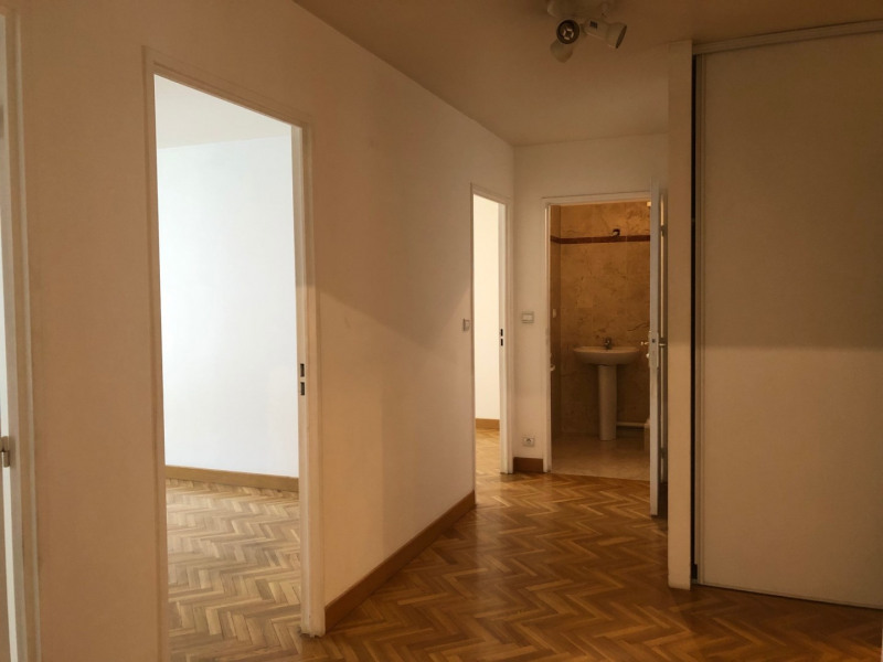 Location appartement Paris 16ème 3180€ CC - Photo 6