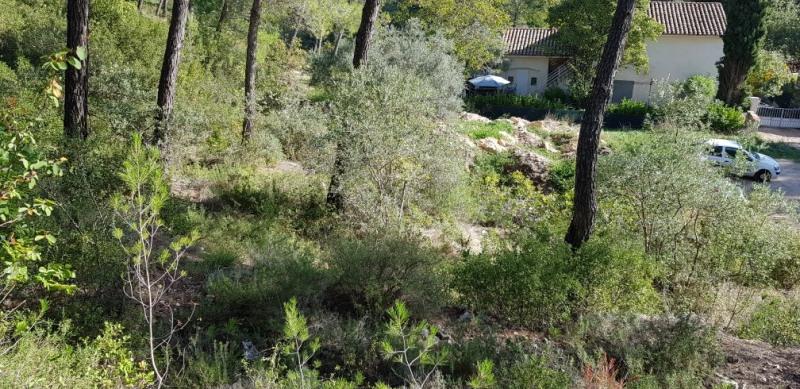 Revenda terreno Meyrargues 215000€ - Fotografia 1