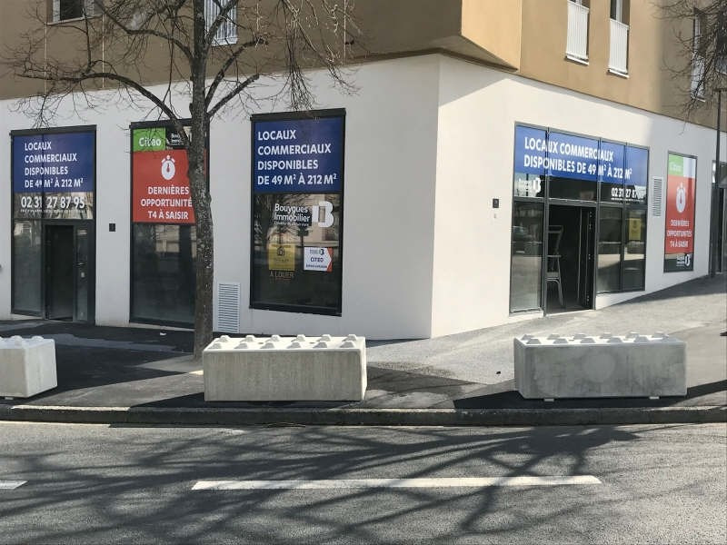 Location local commercial Caen 850€ HT/HC - Photo 1