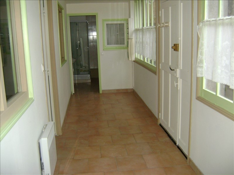 Rental apartment Chateau renault 290€ CC - Picture 2