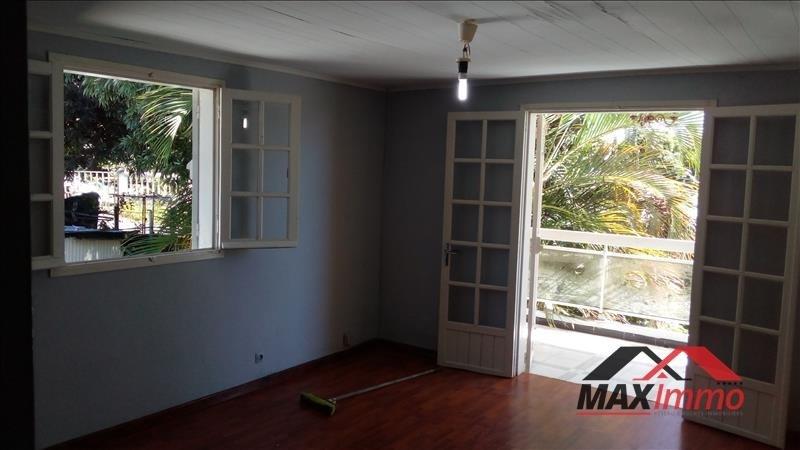 Location appartement St benoit 730€ CC - Photo 2