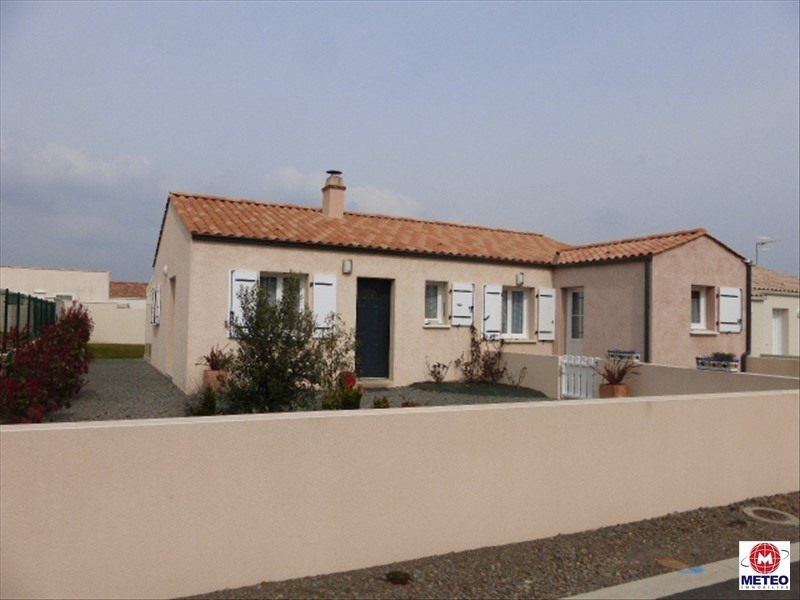 Sale house / villa Angles 234 000€ - Picture 1