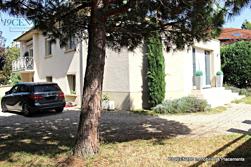 Deluxe sale house / villa Caluire et cuire 1130000€ - Picture 1