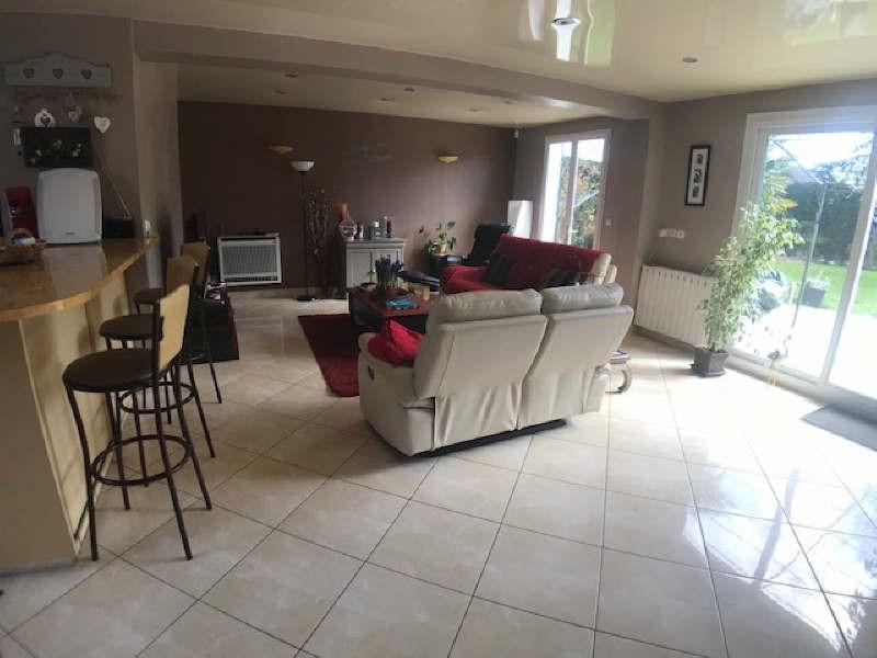 Sale house / villa Lesigny 395000€ - Picture 3