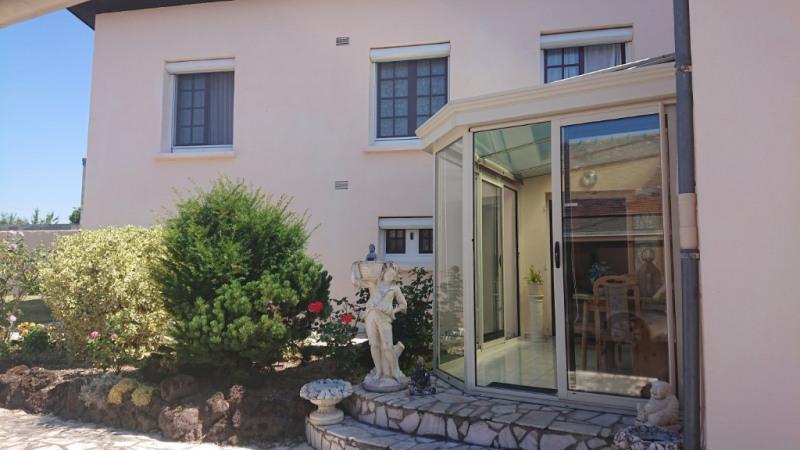 Sale house / villa Voves 155000€ - Picture 1