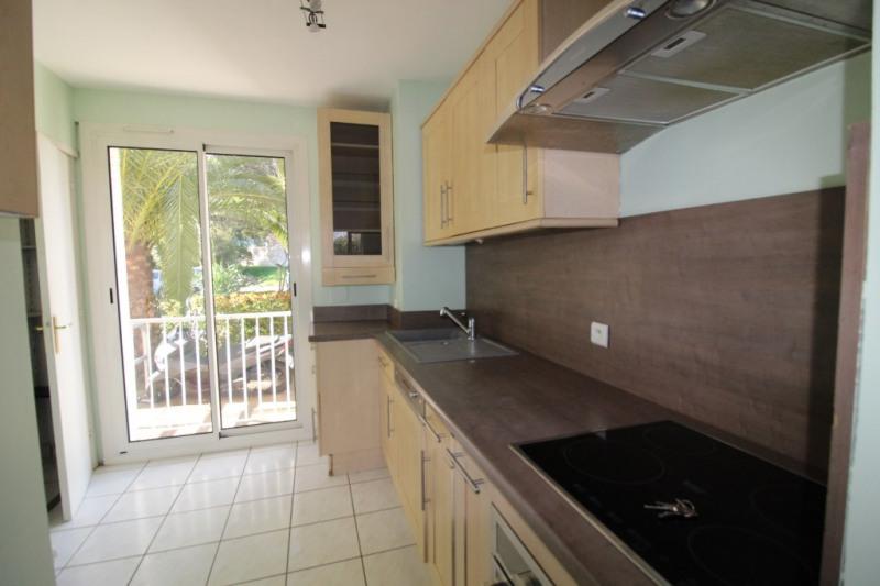 Vendita appartamento Hyeres 190000€ - Fotografia 3