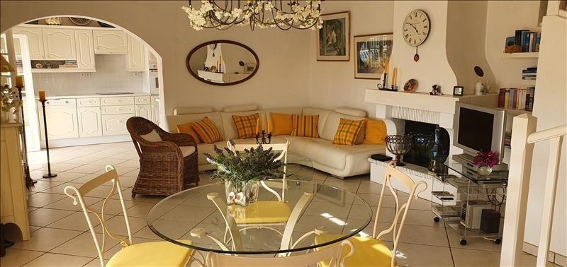 Deluxe sale house / villa Les issambres 630000€ - Picture 4