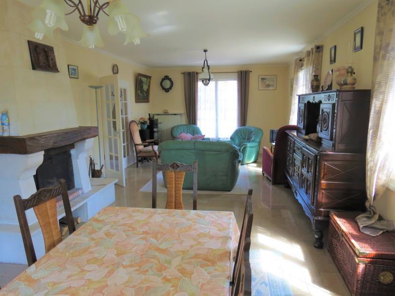 Sale house / villa Veigne 304900€ - Picture 2