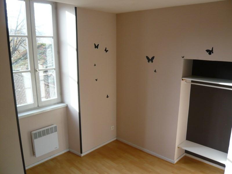 Location appartement Cremieu 495€ CC - Photo 3
