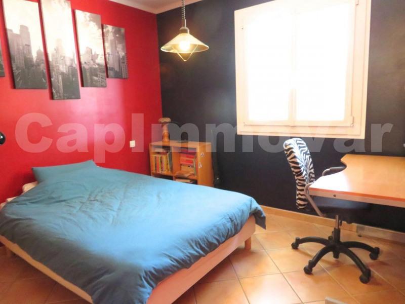 Deluxe sale house / villa Signes 640000€ - Picture 11