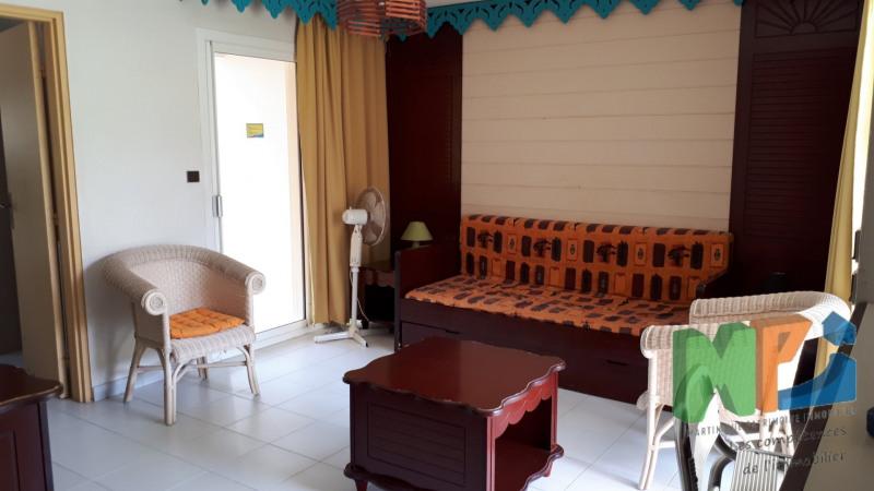 Sale apartment Ste anne 121000€ - Picture 6