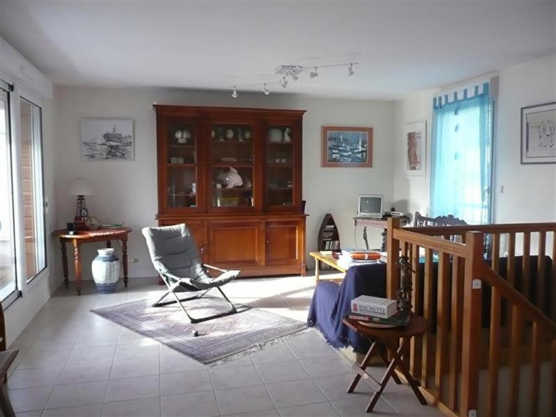 Sale house / villa Plouhinec 222400€ - Picture 6