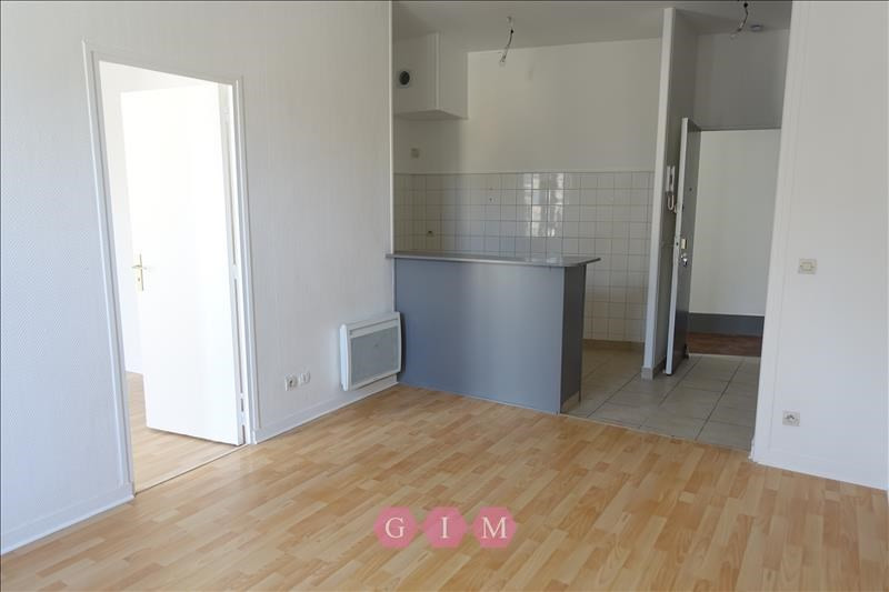 Rental apartment Parmain 684€ CC - Picture 2