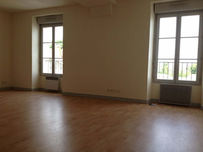 Location appartement Poitiers 637€ CC - Photo 2