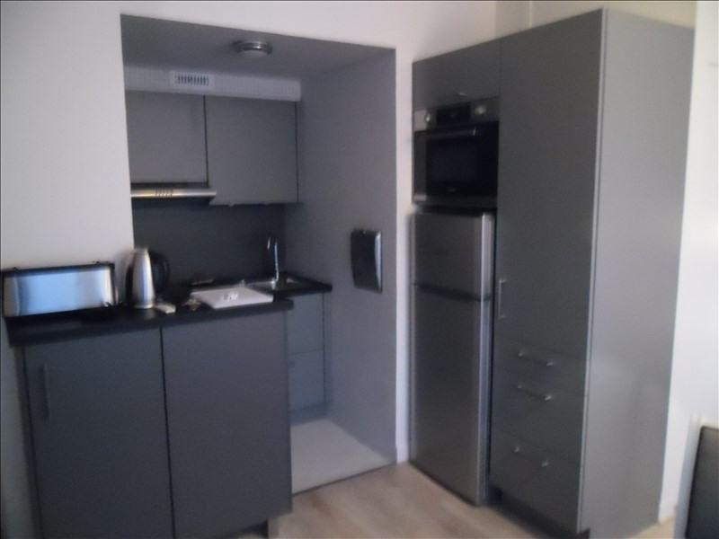 Rental apartment Paris 20ème 1100€ CC - Picture 4