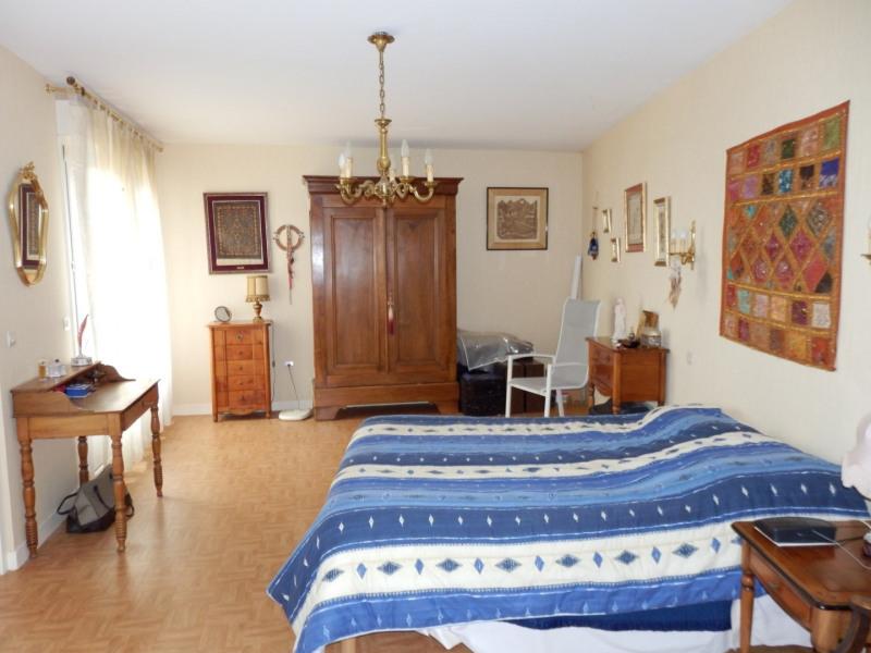 Sale house / villa Montreuil juigne 414500€ - Picture 7