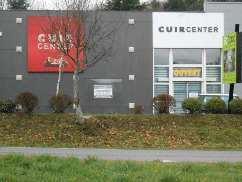 Location local commercial Quimper 4725€ HC - Photo 1