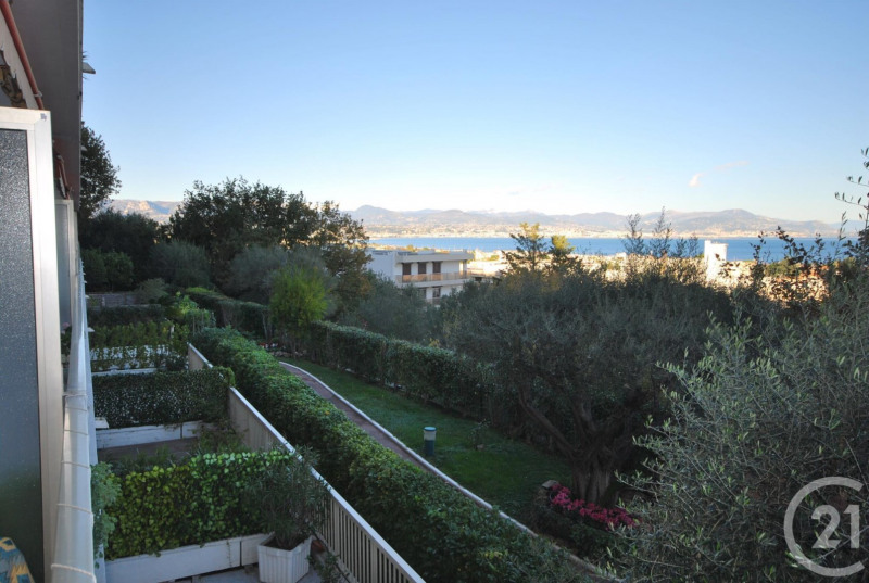 Rental apartment Antibes 1 550€ CC - Picture 1