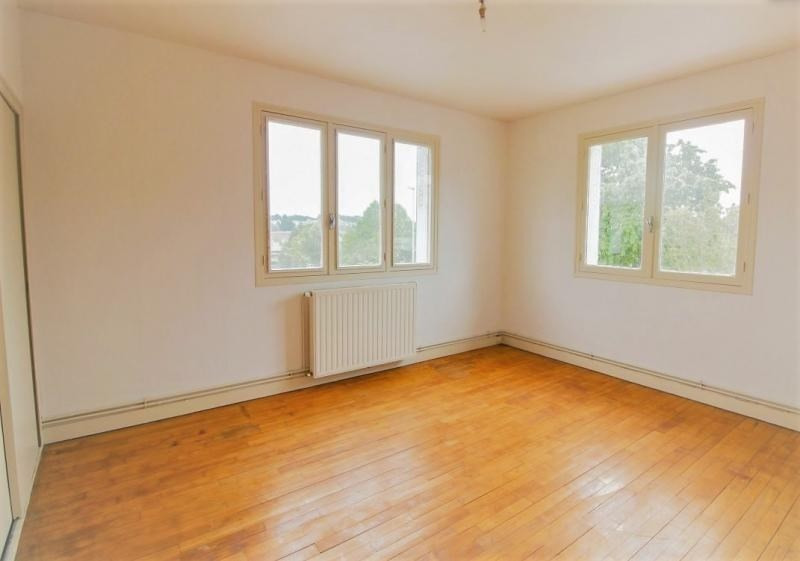 Sale house / villa Nexon 88000€ - Picture 5