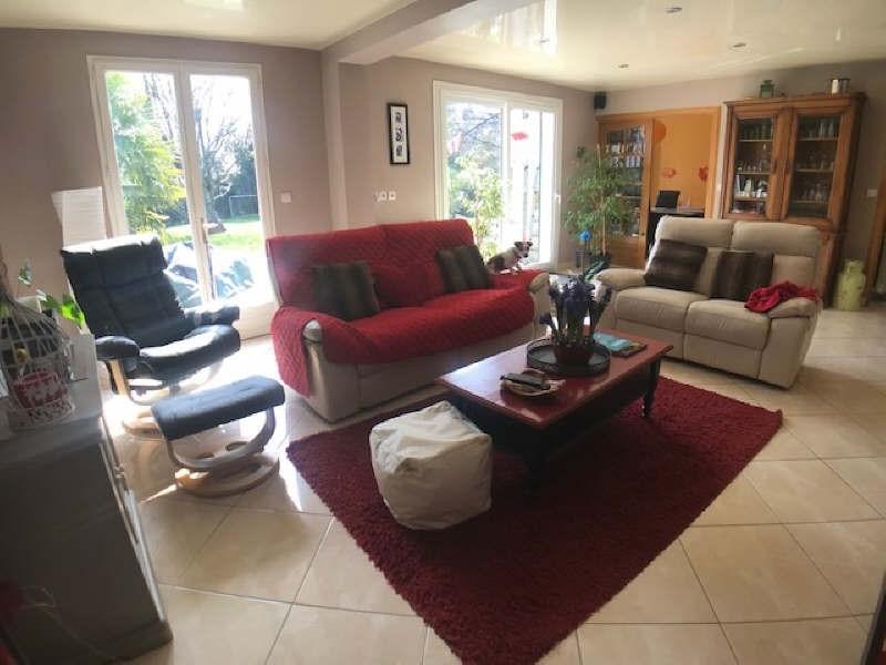 Sale house / villa Lesigny 395000€ - Picture 4