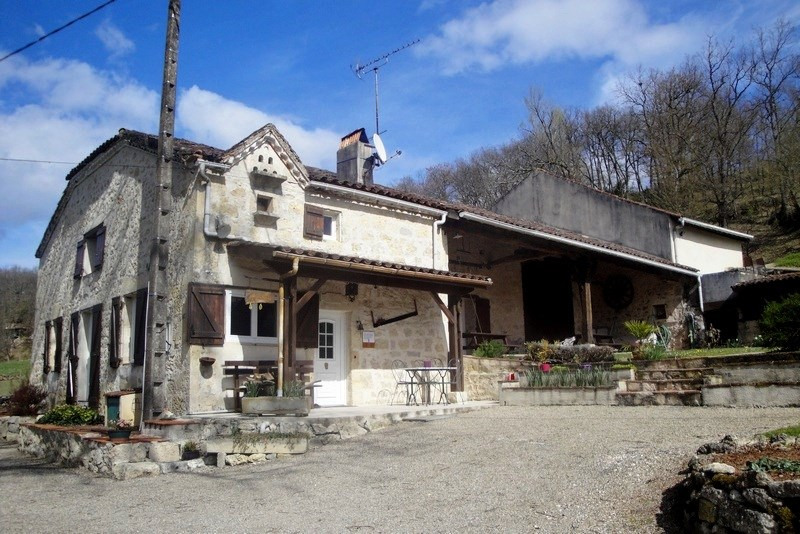 Sale house / villa Madaillan 275 000€ - Picture 1