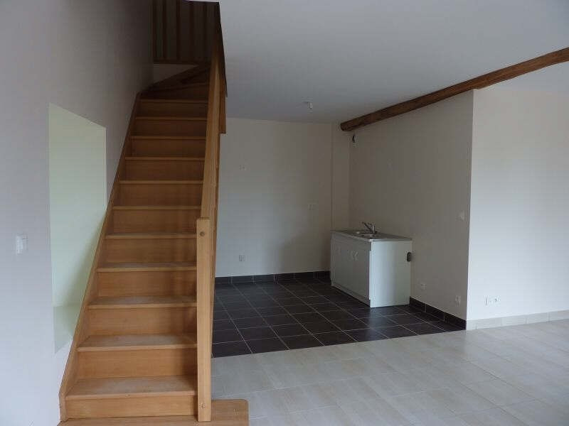 Rental apartment Iverny 890€ CC - Picture 1
