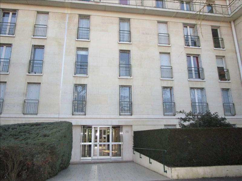 Rental apartment Versailles 600€ CC - Picture 1