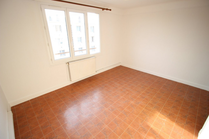 Location appartement Champigny sur marne 995€ CC - Photo 3