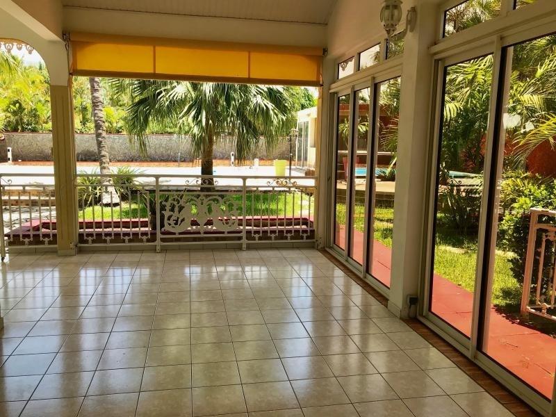Revenda residencial de prestígio casa L etang sale 720000€ - Fotografia 5