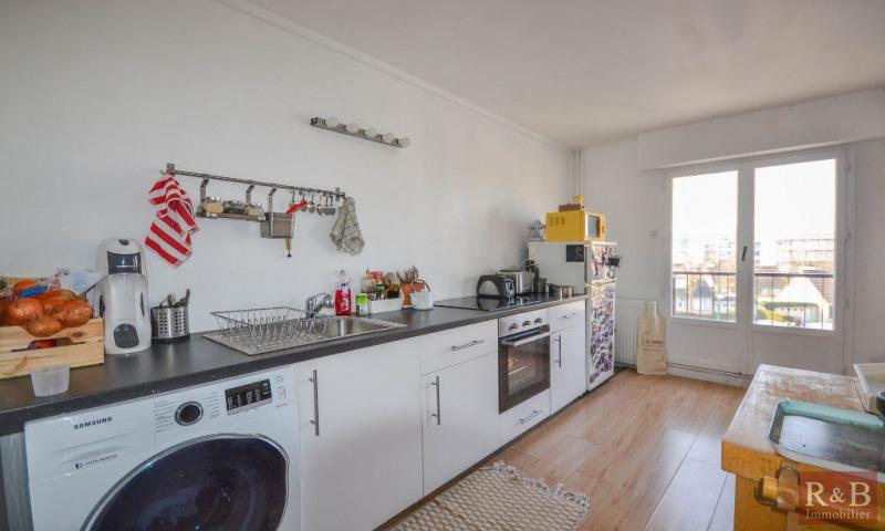 Sale apartment Plaisir 179000€ - Picture 3