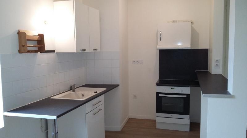Rental apartment Doudeville 490€ CC - Picture 3
