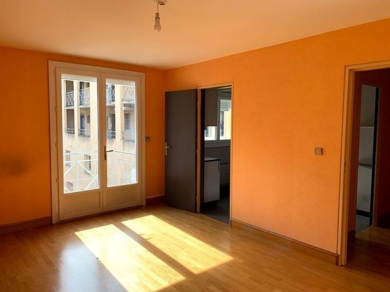 Sale apartment Poitiers 140400€ - Picture 2