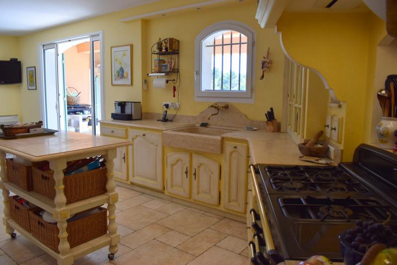 Revenda residencial de prestígio casa Seillans 750000€ - Fotografia 18