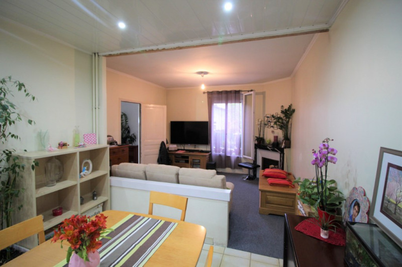 Investment property house / villa Argenteuil 380 000€ - Picture 2