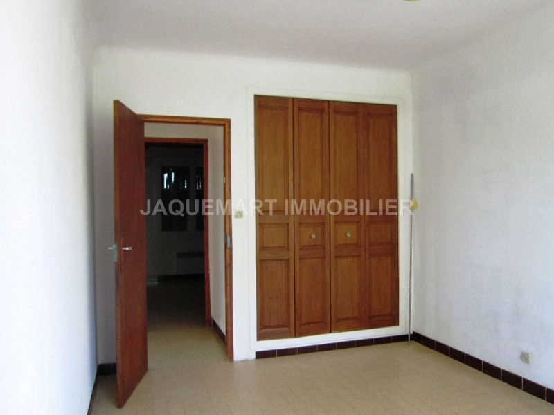 Rental apartment Lambesc 820€ CC - Picture 8