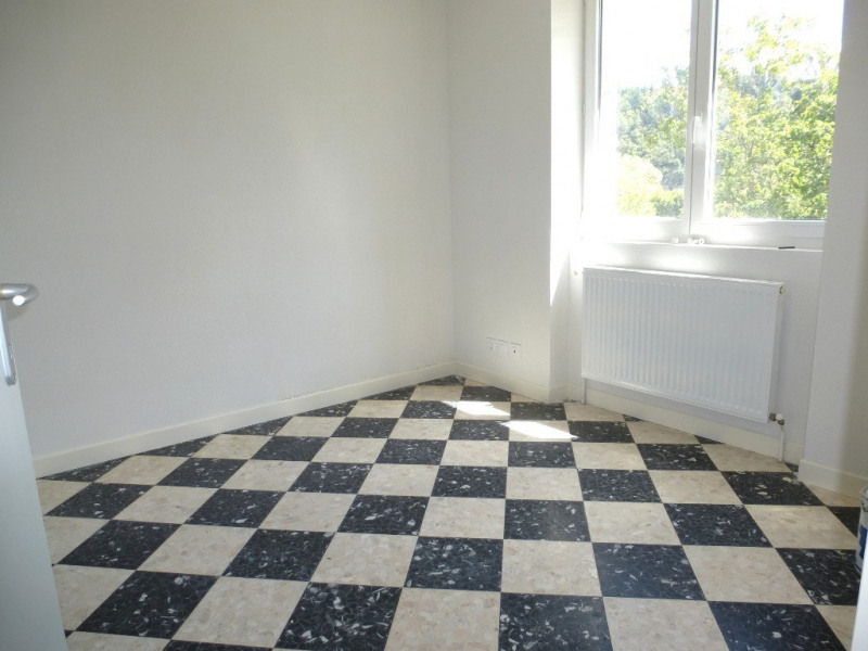 Location appartement Ucel 695€ CC - Photo 9