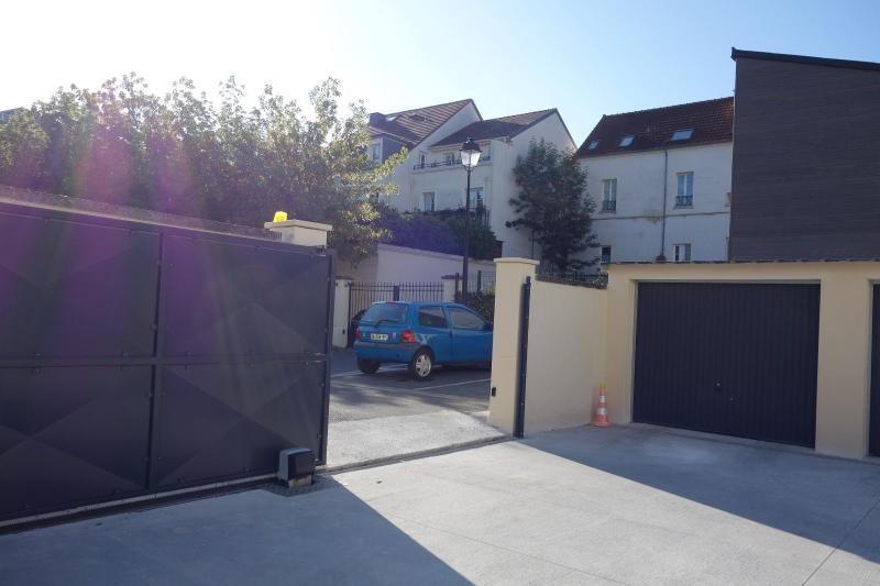 Location parking Lagny sur marne 107€ CC - Photo 2