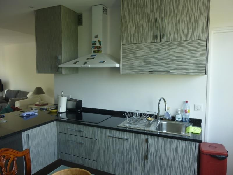 Sale apartment Poissy 295000€ - Picture 3