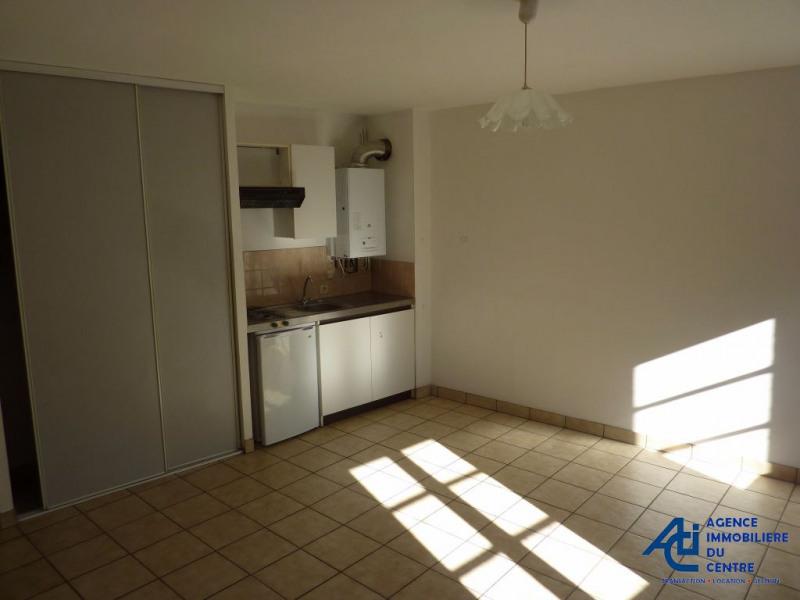 Rental apartment Pontivy 356€ CC - Picture 2