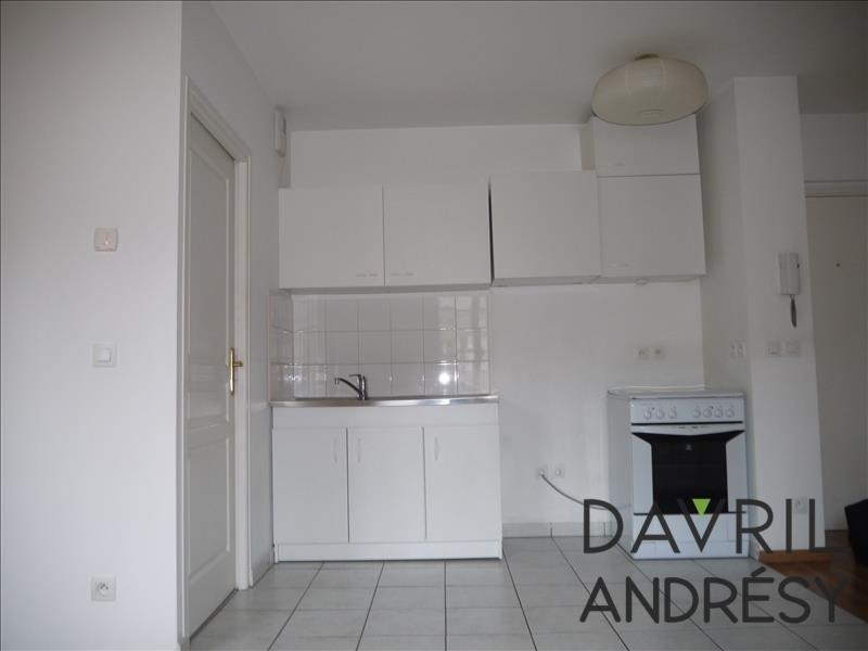 Location appartement Conflans ste honorine 884€ CC - Photo 3