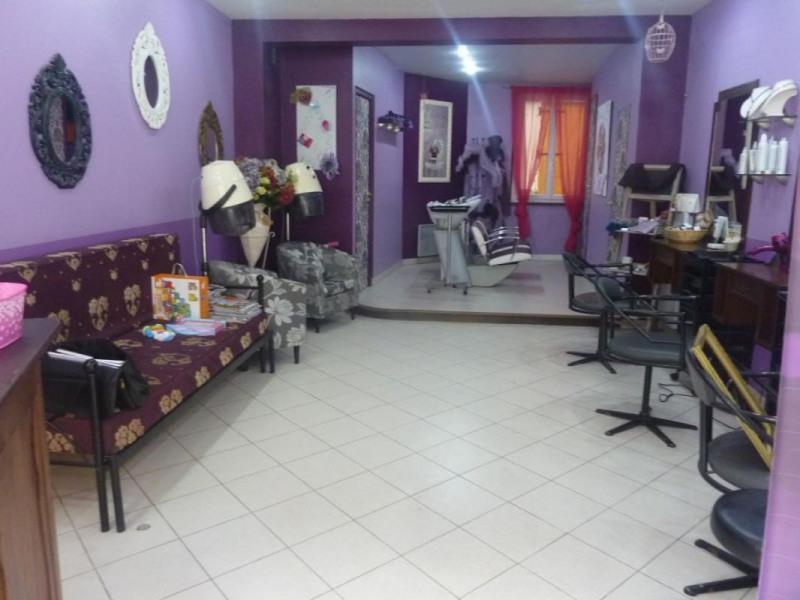 Sale house / villa Livarot 99000€ - Picture 1