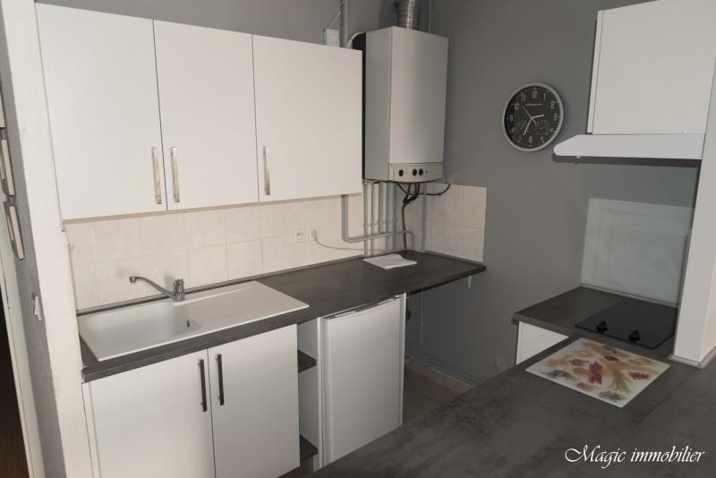 Rental apartment Nantua 309€ CC - Picture 5