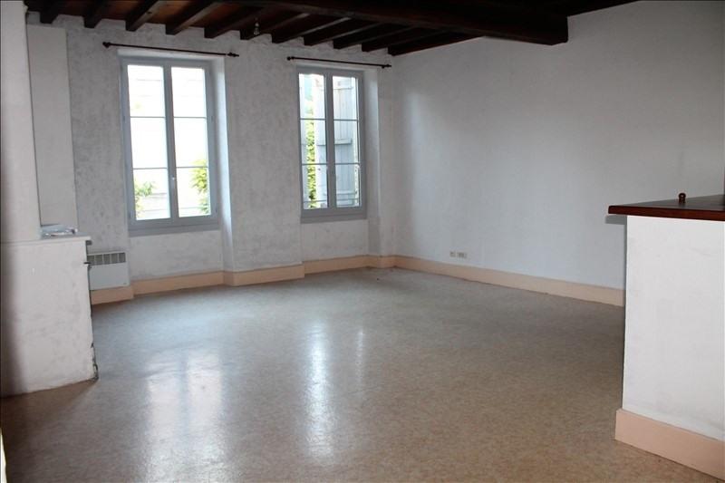 Location appartement Bazas 479€ CC - Photo 1